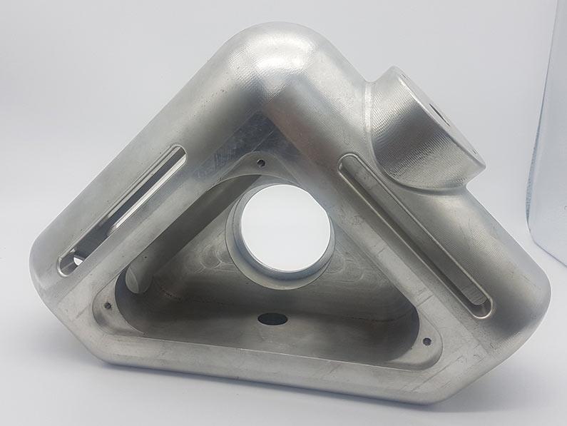 Troosna obrada složenog elementa iz punog bloka aluminija